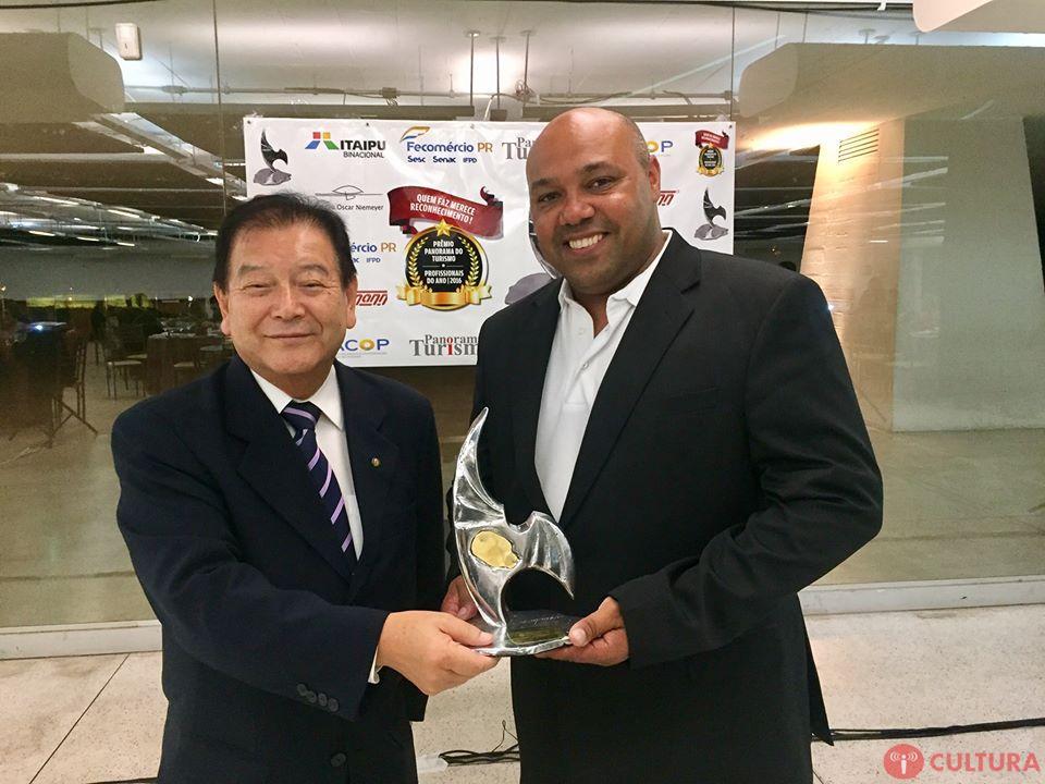 Gerente da Rafain Churrascaria ganha Prêmio Panorama do Turismo