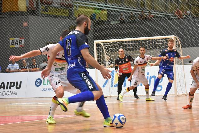 Foz Cataratas Futsal estreia bem na Liga Nacional 858383ffab469