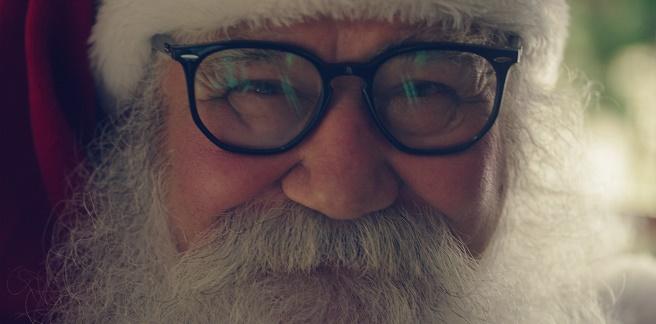 Óticas Carol oferece óculos gratuitos para Papais Noéis de todo o Brasil fe25b1820f