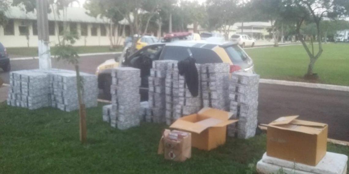 Policiais militares de Santa Terezinha são presos com contrabando em viatura