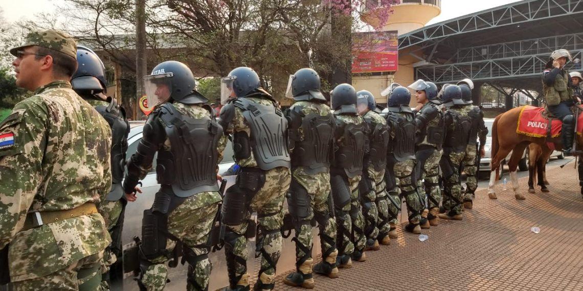 La protesta de Paseros termina en confrontación con la policía en Paraguay